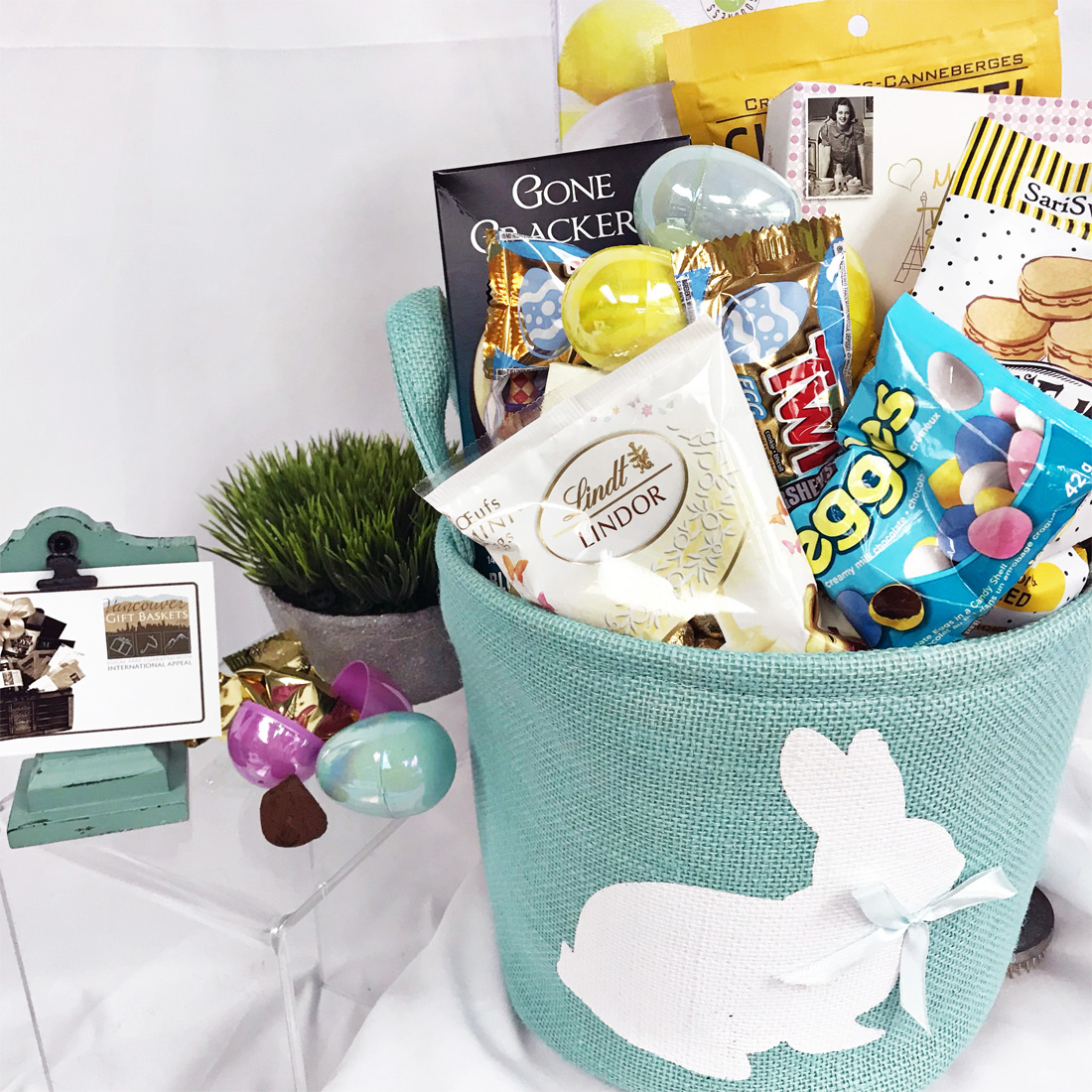 An easter picnic vancouvergiftbaskets easter picnic gift basket negle Image collections